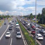 AMSS upozorio VOZAČE: Oprez zbog vlažnih kolovoza i sumaglice, VIDLJIVOST smanjena u ovim delovima