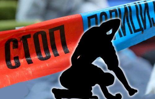 UŽAS u Subotici: Izudarao sugrađanina PALICOM po glavi pred njegovim ocem - mladić prebačen u bolnicu