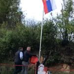 SKANDAL u Končulju: Skinuli srpsku zastavu i postavili ALBANSKU (VIDEO)