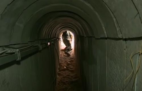 Dovoljno su široki da kroz njih prođe kolona vojnika: Ovako izgledaju TUNELI SMRTI Hamasa (FOTO+VIDEO)