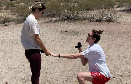 Najbolja košarkašica sveta zaprosila svoju devojku: Usledilo je nešto o čemu priča cela planeta! (FOTO)