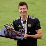 Navijači Bajerna besni: Levandovski nije izabran za najboljeg igrača Bundeslige! (FOTO)