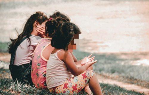 Nude im PIVO i VOLOVE za maloletne ćerke: Ispovest Julije i Marijane će vam zalediti krv u žilama