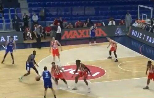 """Pogledajte ključni momenat utakmice u """"Morači"""": Evo zašto je Zvezda izgubila od Budućnosti (VIDEO)"""