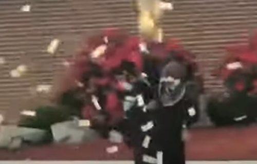 Ponela ga atmosfera: Učenik na maturi u vazduh bacio 8.000 evra (VIDEO)