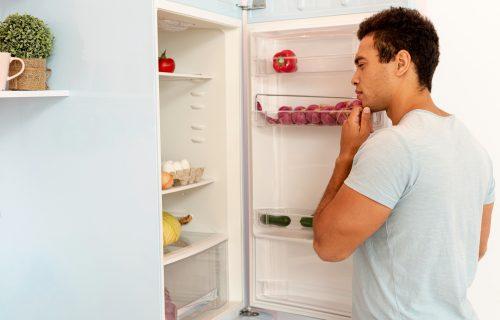 Kako da sačuvate svežinu namirnica? Ovo su najčešće greške zbog kojih hrana brzo propada u frižideru