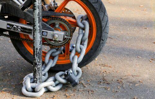 Počinje sezona dvotočkaša: Kako zaštititi motocikl od lopova?