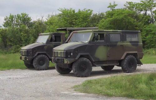 Novo vozilo Vojske Srbije: Moćni NTV ne poznaje prepreke (VIDEO)