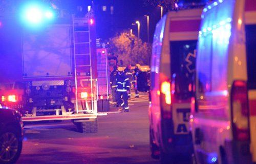 POŽAR na Paliluli: Zapalio se krov kuće, na terenu ČETIRI vozila - intervencija vatrogasaca u toku