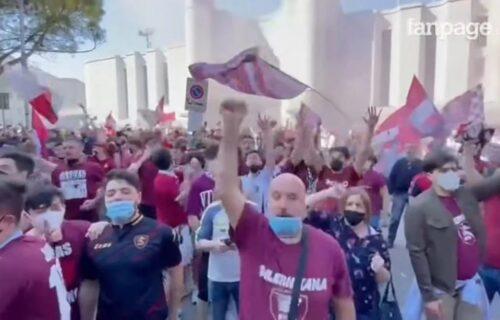 Poginuo navijač dok je slavio ulazak u Seriju A: Jezive vesti iz Italije, mladić izgubio život na skuteru