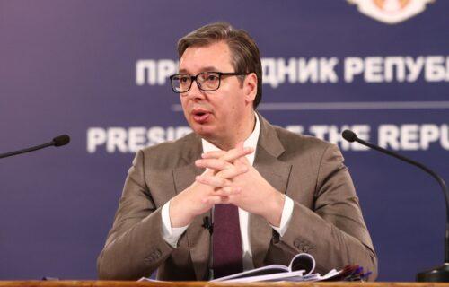 """Vučić najavio najveći prikaz vojne moći srpske armije uoči Vidovdana: """"Pa to seče brdo!"""""""