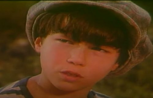 """Upoznali smo ga kao Čarlija u filmu """"Tri karte za Holivud"""": Evo kako sada IZGLEDA i čime se BAVI (FOTO)"""