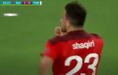 Majstorija Šaćirija protiv Turske: Nakon gola je morao da isprovocira navijače! (VIDEO)