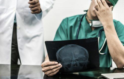 Hirurzi UKC Srbije u šoku: Ovakvog pacijenta nikada nisu videli, noć završili neverovatnom OPERACIJOM