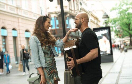 Ljudi moji koliko sam SREĆAN: Boban Rajović blista od sreće, fanovi ODUŠEVLJENI (VIDEO)