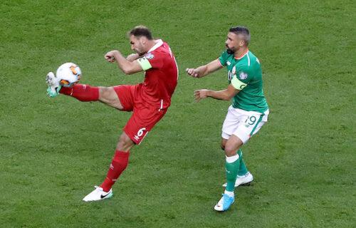 Bane Ivanović zadužio dres reprezentacije: Uslikan je na meču Rusije i Finske (FOTO)