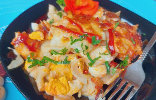 Energija za početak dana: Flekice sa kuvanim jajima i kečapom, zapečene u RERNI (RECEPT+VIDEO)