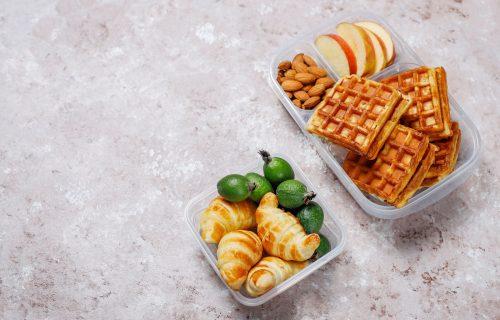 Za osveženje i poboljšanje koncentracije: Četiri NAJZDRAVIJE namirnice za UŽINU