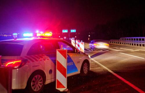 Šokantno! Vozač iz Srbije POBEGAO mađarskoj policiji: Pronašli 4 MIGRANTA u gepeku njegovog automobila