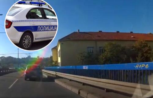 UŽAS na Plavom mostu: Muškarac pokušao SAMOUBISTVO, u toku reanimacija