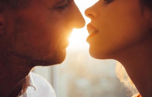 Pre nego vas poljubi, svaki MUŠKARAC će prvo uraditi ovih SEDAM stvari
