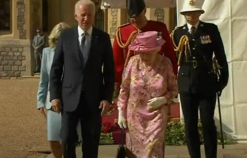 """Bajden nakon istorijskog dočeka u Britaniji: """"Kraljica Elizabeta me podsetila na majku"""" (VIDEO)"""