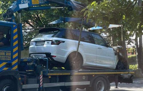 PRVE FOTOGRAFIJE zapaljenog automobila Lazetićeve supruge: Istraga u toku (FOTO)