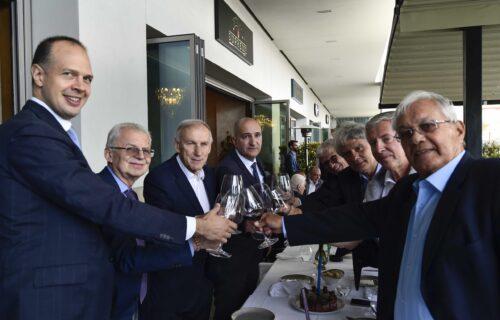 Supreme Steak u Galeriji mesto svih dešavanja: Džaja proslavio 75. rođendan