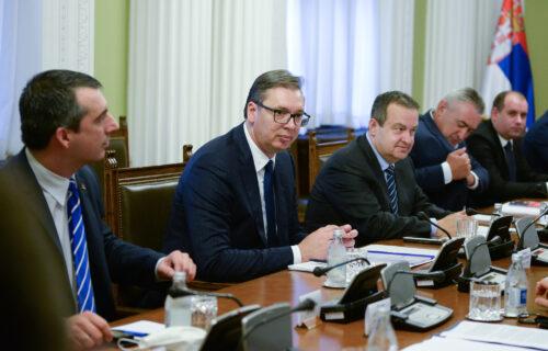 Vučić sa predstavnicima dela opozicije: Predstaviće izveštaj o Kosovu i Metohiji (VIDEO)
