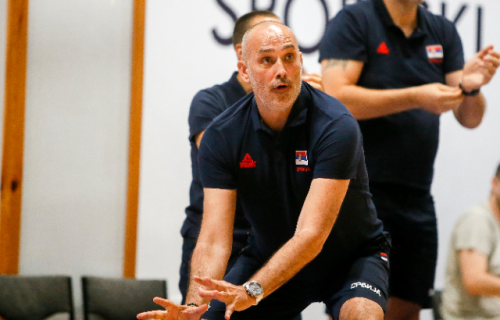 Srbija otputovala na Evropsko prvenstvo: Momci, ugledajte se na košarkašice i nema greške!