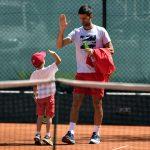 SLIKA DANA: Novak i njegov sin Stefan poslali najlepšu poruku svetu (FOTO)