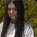 Devojčica nosila USKE PANTALONE, pa pretrpela torturu: Majka ogorčena zbog odluke nastavnice (FOTO)