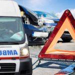 Stravična saobraćajna NESREĆA u blizini Inđije: Vozač POGINUO na licu mesta, dve osobe povređene