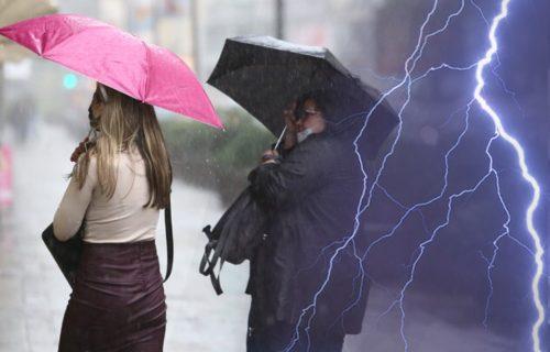 Oglasio se RHMZ: Stižu nam PLJUSKOVI i zahlađenje, kiša će se SRUČITI na veći deo Srbije