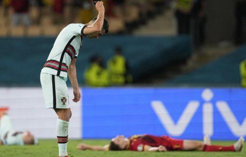 Oglasio se Ronaldo: Prvo je divljao, bacio i gazio traku, pa onda poslao prilično drugačiju poruku (FOTO)