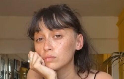 """""""NIKADA neću prestati"""": Kristina se već PET godina na ovaj način surovo sveti bivšem dečku (VIDEO)"""