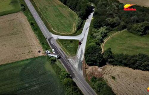 Pojavio se JEZIVI SNIMAK iz vazduha: Saobraćajna nesreća kod Loznice potresla celu Srbiju (VIDEO)