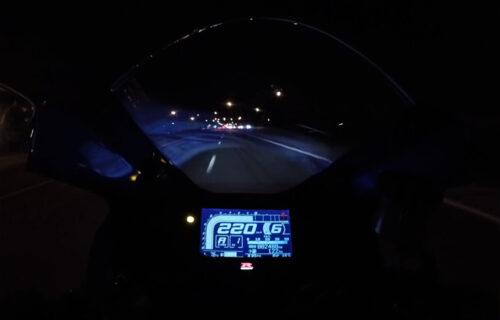 Motociklista snimio svoju NESREĆU pri brzini od 150 km/h: Danas je težak invalid (VIDEO)
