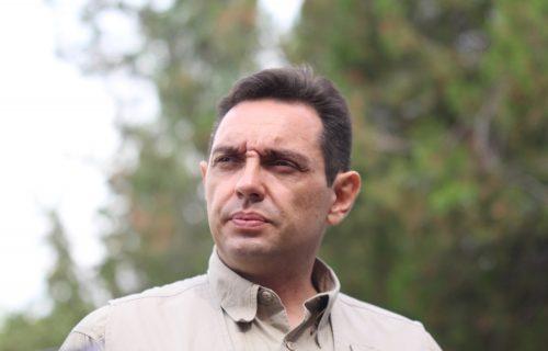 Vulin poručio: Plenković pred EU priča da je većina Hrvata bila u partizanima, pred Srbima to ne bi smeo