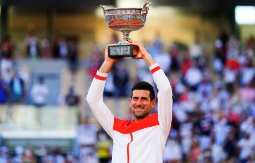 TO NIJE ČOVEK, TO JE NOVAK ĐOKOVIĆ: Srbin osvojio Rolan Garos i ušao u istoriju tenisa kao najveći ikada!