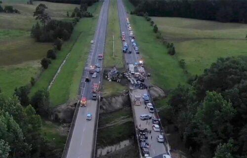 Velika TRAGEDIJA u Alabami: Devetoro dece poginulo u lančanom sudaru 18 vozila na auto-putu (FOTO+VIDEO)