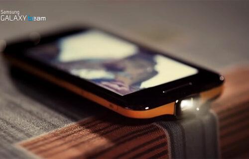 Bioskop u džepu: Ovaj telefon je imao sjajan DODATAK koji nažalost nije zaživeo (VIDEO)