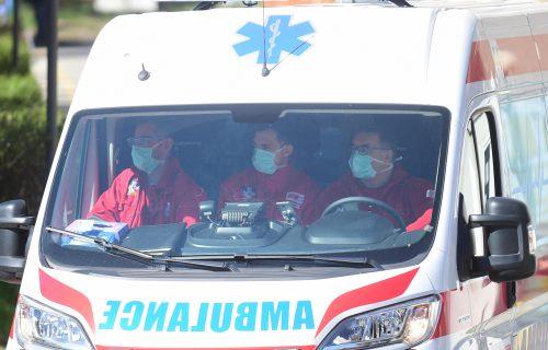 Drama na Starom gradu: Radnik PAO sa skele gradilišta, hitno prevezen u Urgentni