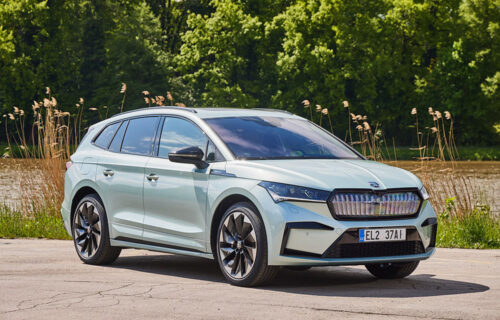 Škoda Enyaq iV dobila sportsku verziju: Doteran stajling, bogatija oprema i jači motor (VIDEO)