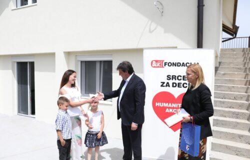 Blic fondacija: Novi dom za porodicu heroja sa Košara (FOTO+VIDEO)