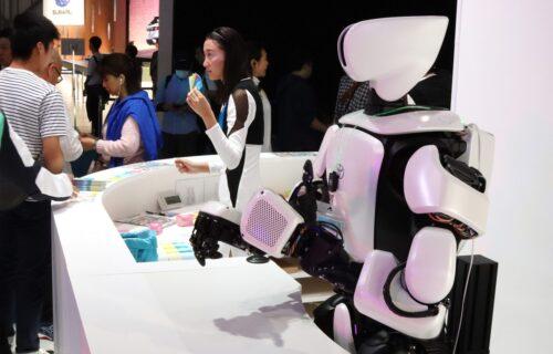 Kućni roboti iz Toyote: Obavljaju složene zadatke, a najbolje se snalaze u kuhinji (VIDEO)