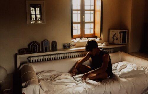 Nije dopuštao majci da uđe u njegovu sobu 10 godina: Ni slutila nije da se tamo krije ZAPANJUJUĆA ISTINA