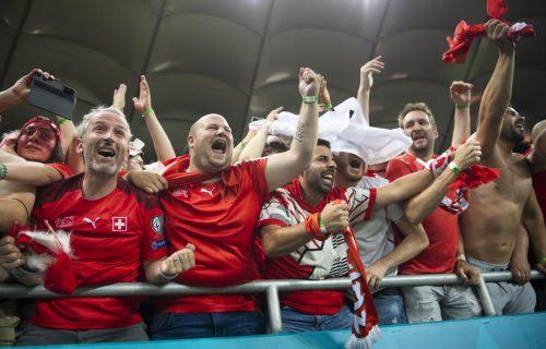 Ovo je fudbal, ovo je emocija: Najbolji kadar sa Evropskog prvenstva, Švajcarac u delirijumu! (FOTO)