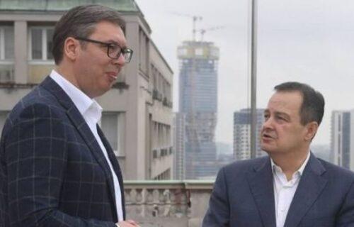 Predsednik Vučić se sastao sa Dačićem: Izvestio ga o razgovorima u Briselu (FOTO)