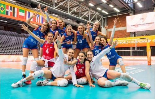 Devojke, bravo: Srbija je vicešampion sveta!